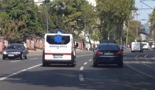 U Kosovskoj ulici deo fasade pao i povredio ženu (43) 9