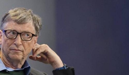 Bil Gejts napušta upravni odbor Majkrosofta da bi se posvetio dobrotvornom radu 2