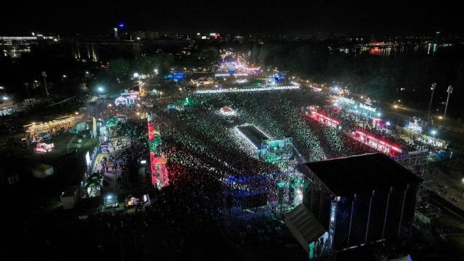 Treće veče Beer Festa: Na koncertu Van Gogha 120.000 ljudi 1