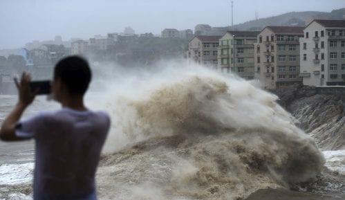 Novi bilans: U Kini 45 mrtvih u naletu tajfuna 13