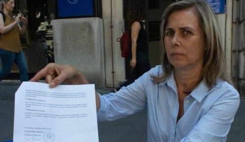 Maja Pavlović nastavlja štrajk ispred Predsedništva 7