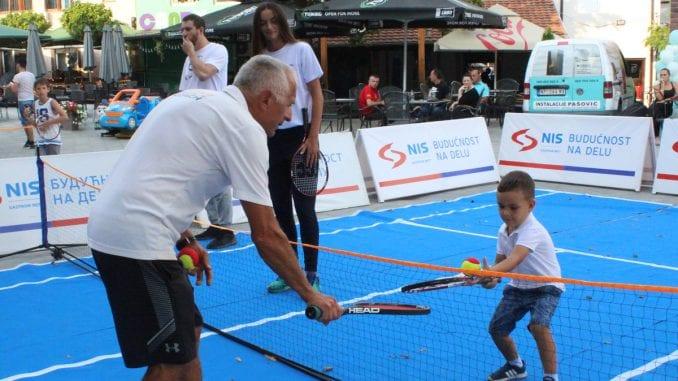 Novi Pazar ugostio NIS otvorenu školu tenisa za decu 1