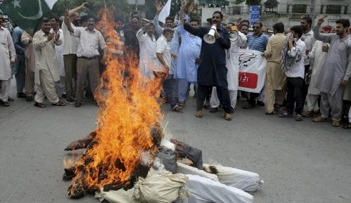 Pakistan obustavio glavnu železničku liniju s Indijom zbog odluke o Kašmiru 9