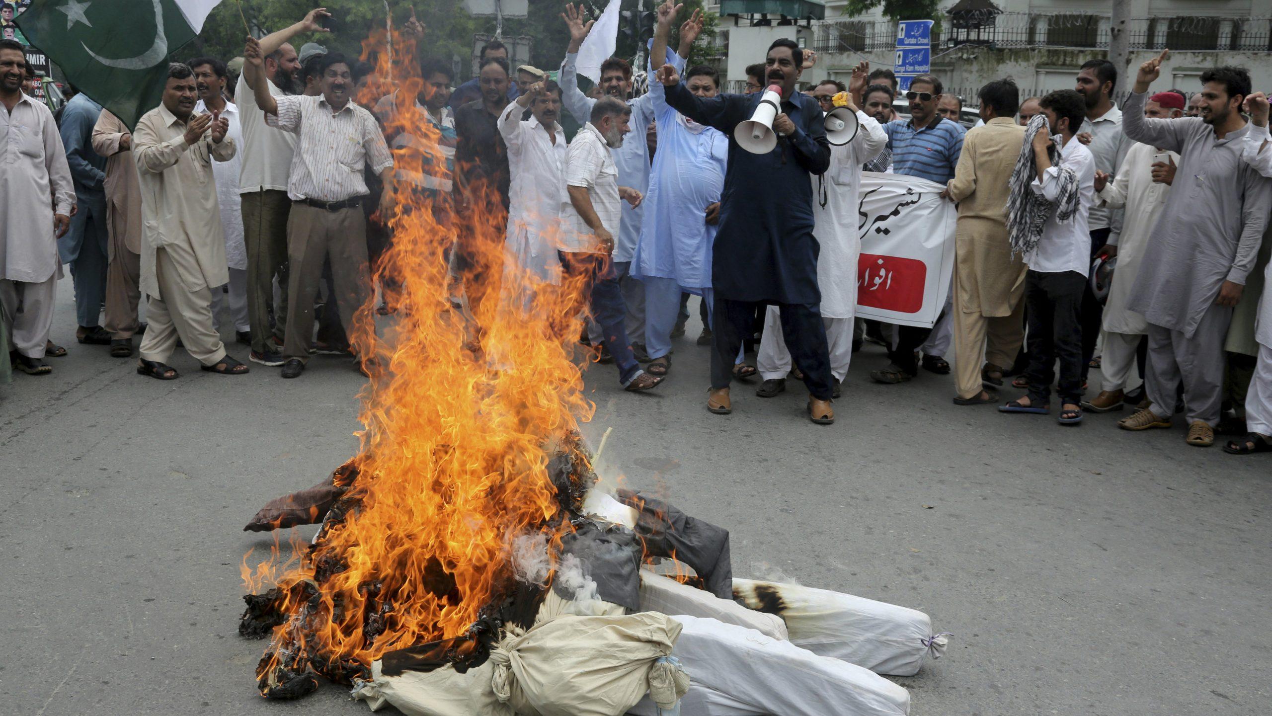 Pakistan obustavio glavnu železničku liniju s Indijom zbog odluke o Kašmiru 1