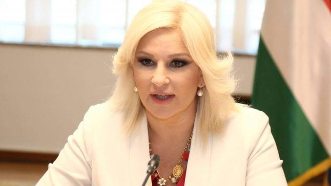 """Mihajlovićeva: Šešelj """"politički džuboks"""" koji napada kad mu plate 1"""