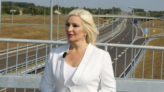 Ministarka o 50.000 gradilišta u Srbiji, listi Svetske banke i modernizaciji pruga 1