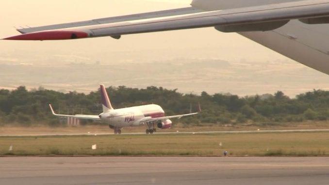 Štrajk na aerodromu u Prištini, građani čekali na letove 2