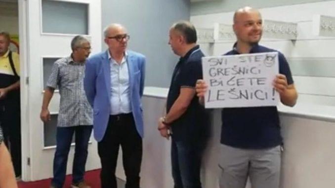 Opozicioni odbornici opet bojkotovali niški parlament 1