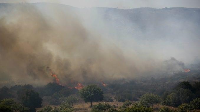 U Grčkoj za jedan dan buknulo 60 požara 3