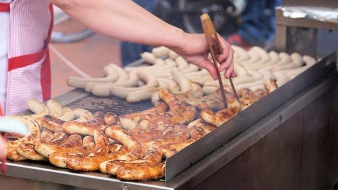 Kako izgleda radni dan roštilj majstora u Srbiji? 1
