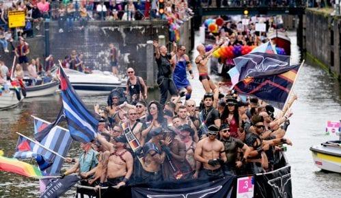 Defile brodova na LGBT festivalu u Amsterdamu 3