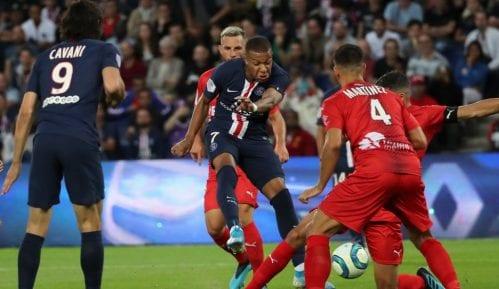 Stadioni u Francuskoj se otvaraju za navijače od 11. jula, dozvoljeno samo po 5.000 3