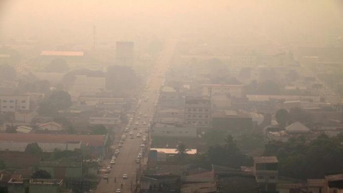 Dim od požara u Amazonu vidljiv i iz svemira 4