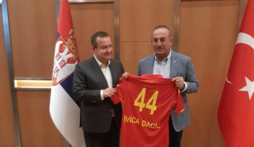 Vladinim avionom u Antaliju išao Dačić 15
