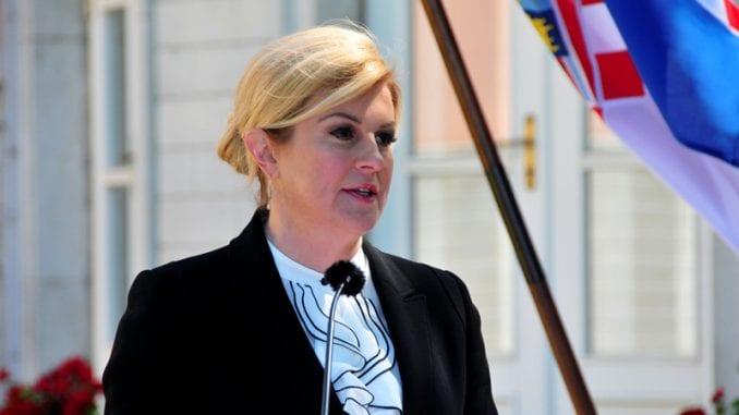 Autobus u kome je bila predsednica Hrvatske imao manji udes 3