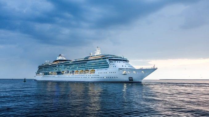 Američki kruzeri produžili prekid plovidbe zbog korona virusa do kraja oktobra 1