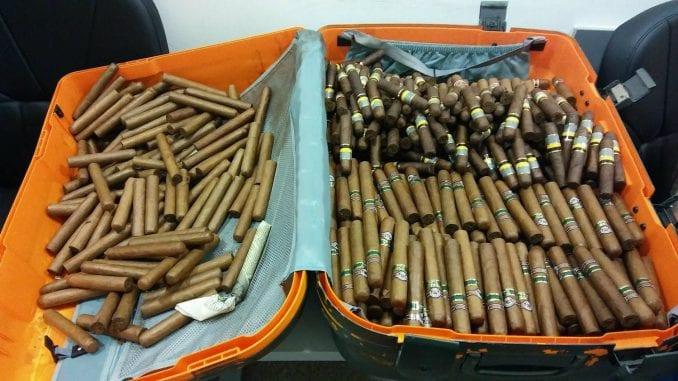 Carinici zaplenili gotovo 2.000 kubanskih cigara 2