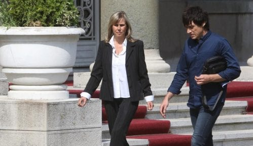 Maja Pavlović prekinula štrajk posle razgovora sa Vučićem 9