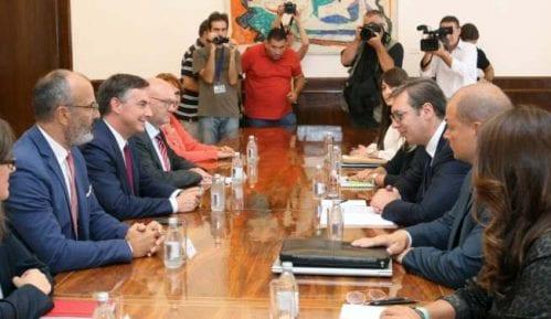 Mekalister u razgovoru s Vučićem: Neophodno raditi na reformi izbornog zakona 5