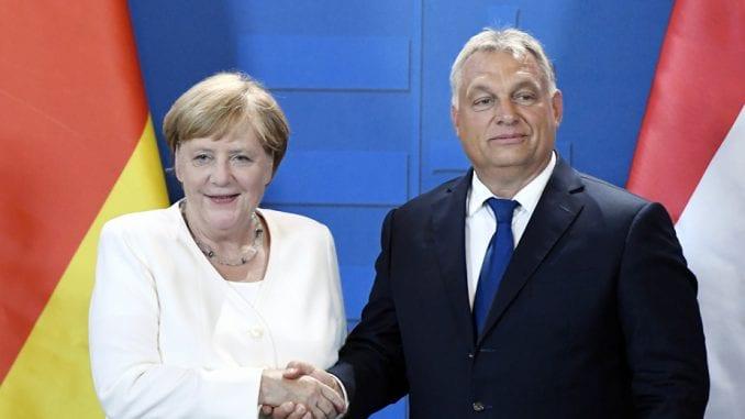 Merkel i Orban u Mađarskoj obeležili godišnjicu početka pada 'Gvozdene zavese' 1