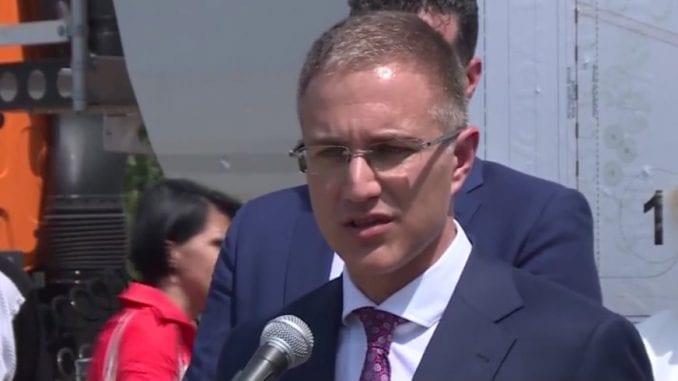 Stefаnović najavio povećanje plata policijskim službenicima i novu opremu 2