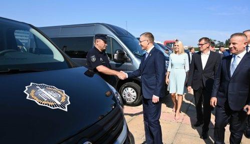 Stefanović: Predsednik ima pravo da skine oznaku tajnosti sa dokumenata 5