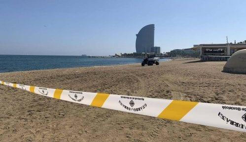 Policija evakuisala plažu u Barseloni posle otkrića stare bombe u moru 13