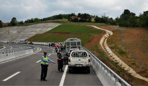 Zbog 250 kilometara na čas kroz Srbiju, Švajcarcu zatvor 4