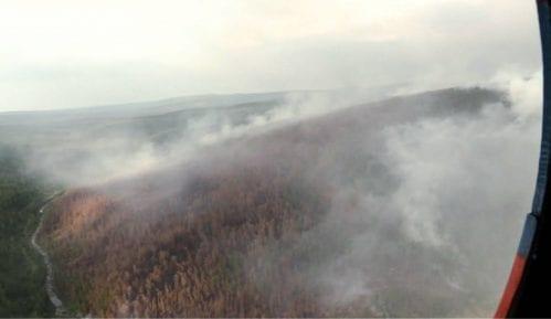 Tramp ponudio pomoć Putinu u suzbijanju šumskih požara u Sibiru 7