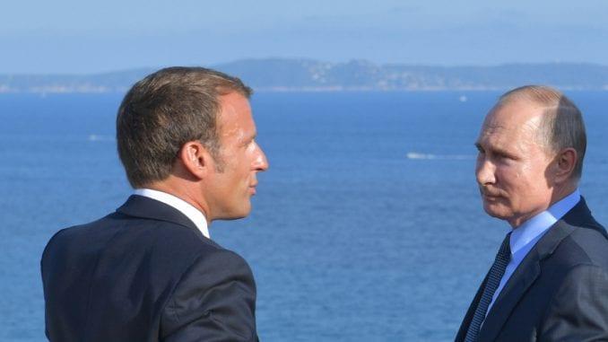 AFP: Putin i Makron u atmosferi dobre volje, osim o Siriji i ljudskim pravima 4