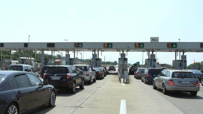 AMSS: Popodne se očekuje pojačan intenzitet saobraćaja 3