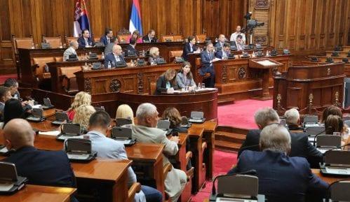 Poslanici pitali o aferama, državljanstvu, jugu Srbije i položaju žena 14