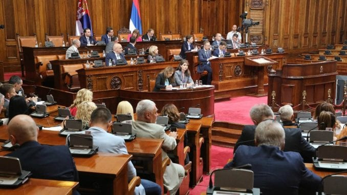 Macura pozvala Vučića da ne potpiše Zakon o nestalnim bebama 2