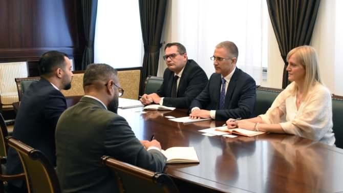 Stefanović sa ambasadorima o argumentima protiv prijema Kosova u Interpol 3