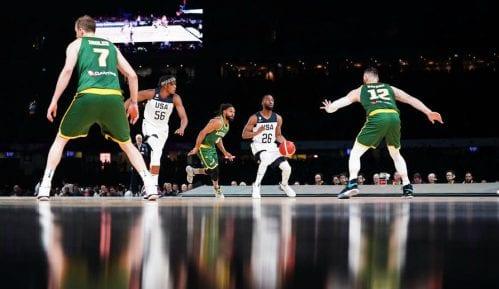 Košarkaši SAD pobedili Australiju pred rekordnim brojem gledalaca (video) 5