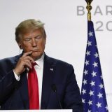 Tramp otpustio zvaničnike Bele kuće koji su svedočili protiv njega u Kongresu 15