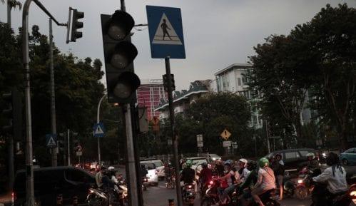 Deo Indonezije bez struje, pogođene desetine miliona ljudi 8