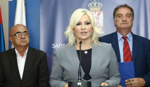 Godišnjica čekanja: Policija nikako da stigne na vrh Kopaonika i pomogne rušenje 10