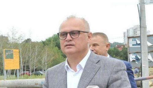 Vesić: Do kraja nedelje dezinfekcija prostora između zgrada u Beogradu 2