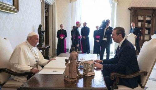 Papina poseta bi doprinela pomirenju naroda u regionu 7