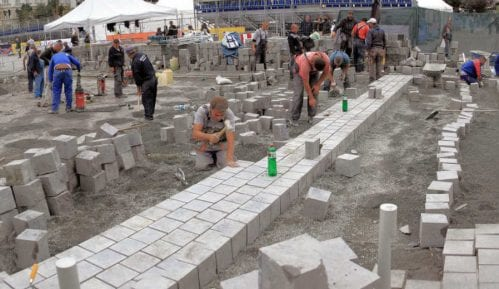 Vesić: Preslaganje kocke na Trgu Republike je o trošku izvođača 13