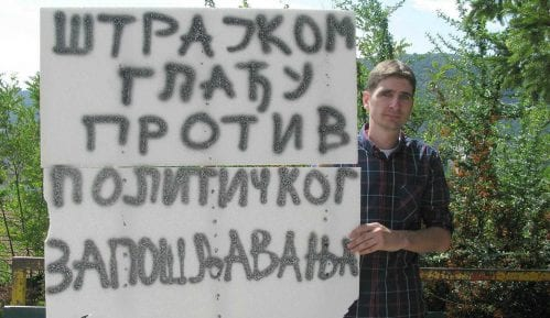 Pozlilo učitelju koji štrajkuje glađu 9