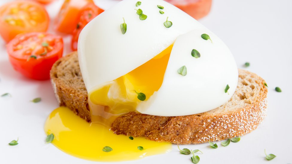 jaje na hlebu