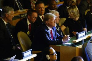 Greta Tunberg izgrdila svetske vođe na početku samita o klimi u UN (FOTO) 3