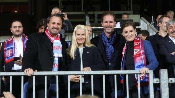 Vlada Luksemburga platila put premijerkinoj partnerki 1