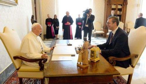 Vučić se sastao sa papom 14