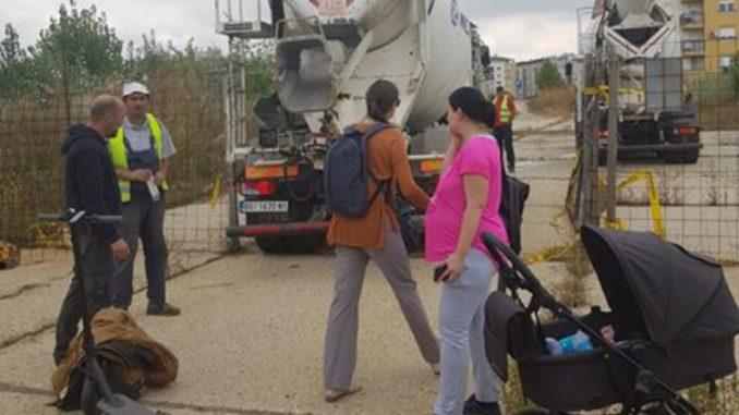U toku blokada izgradnje crkve u naselju Stepa Stepanovićm (FOTO) 1