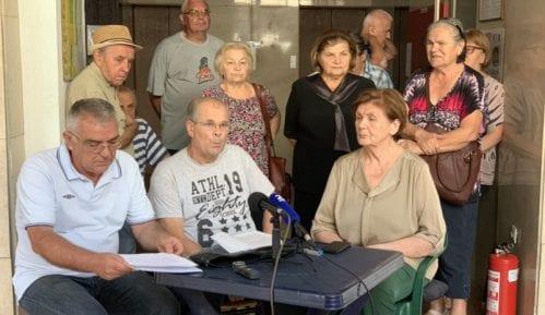 Šesti dan štrajka glađu stanara hotela Bristol; Božović: Ministarstvo se igra sa životima 6