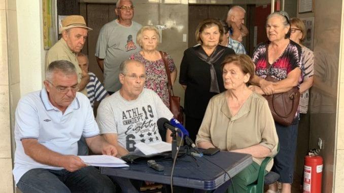 Vojni penzioneri nastavljaju gladovanje, traže sastanak sa ombudsmanom u prisustvu medija 1