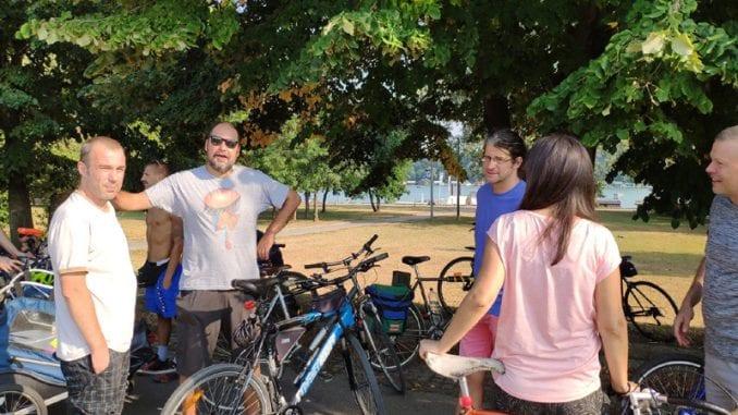 Vožnja na Savskom nasipu prošla bez incidenata, učestvovalo oko 100 biciklista 4